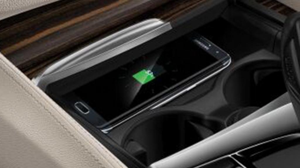 BMW 6 Series GT (2019) Interior 009