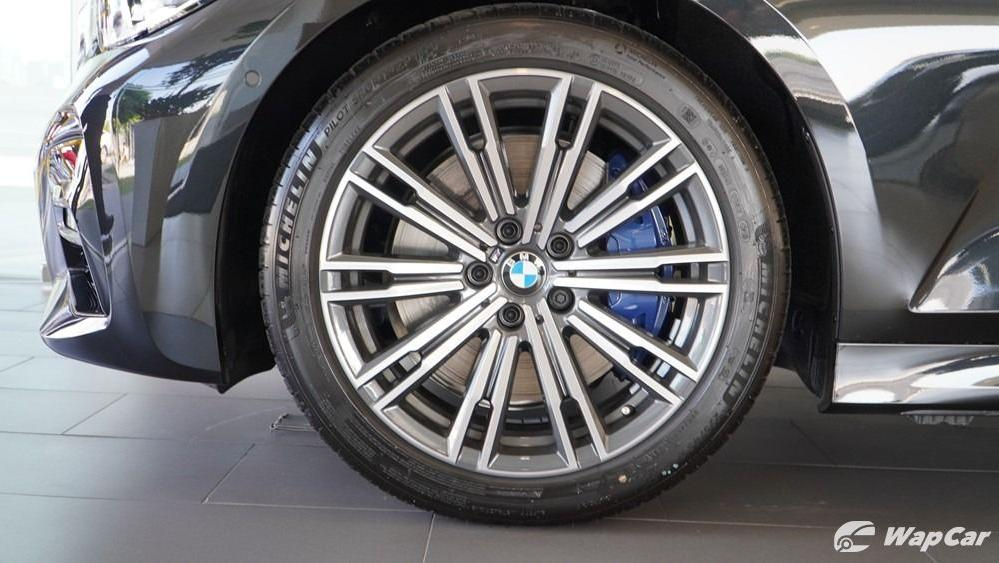 2019 BMW 3 Series 330i M Sport Exterior 054