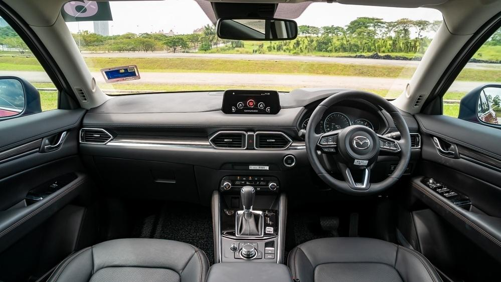 2019 Mazda CX-5 2.5L TURBO Interior 001