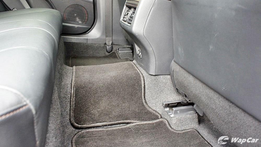 2019 Toyota Camry 2.5V Interior 123