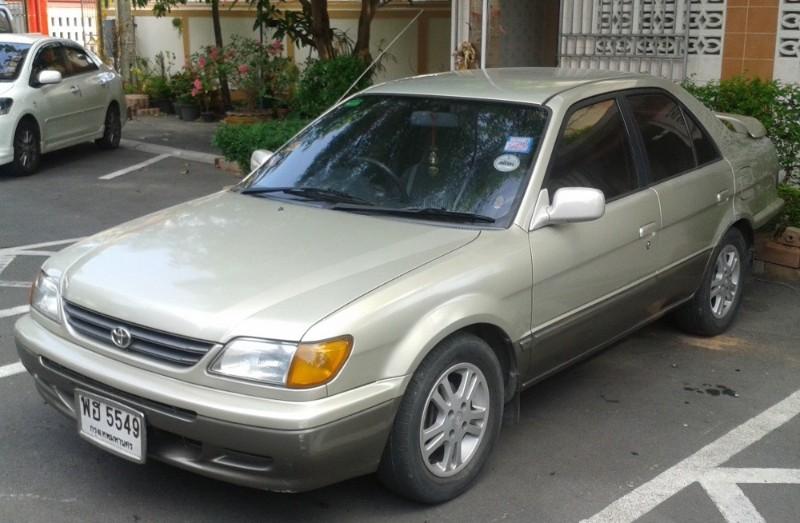 Toyota Soluna 1998