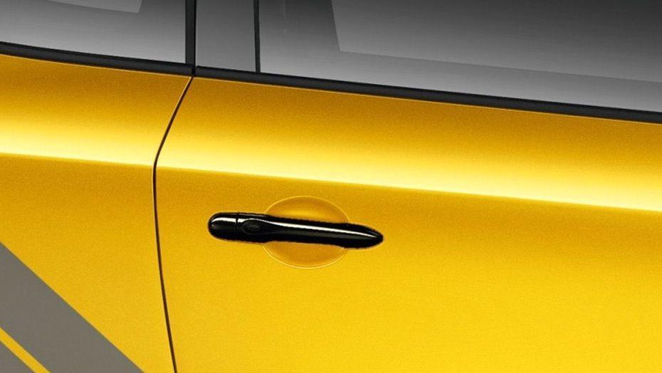 Renault Megane RS  Public (2015) Exterior 010