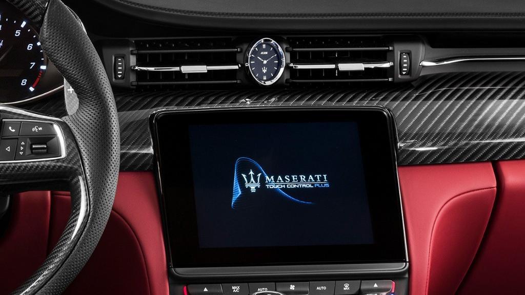 Maserati Quattroporte (2019) Interior 003