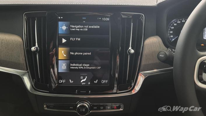 2021 Volvo S90 Recharge T8 Inscription Plus Interior 004