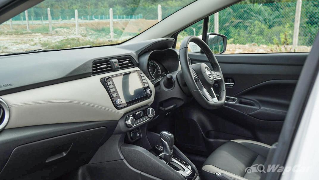 2020 Nissan Almera 1.0L VLT Interior 014