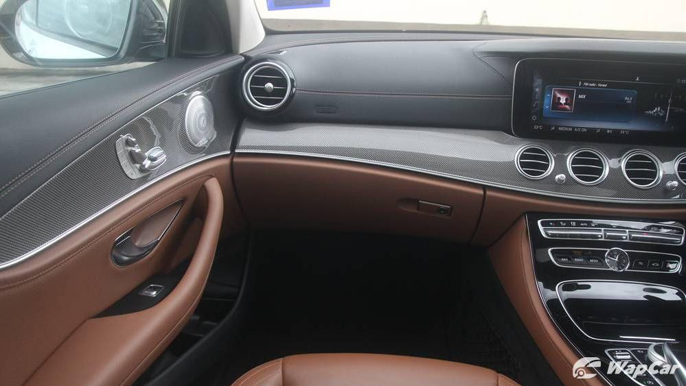 2019 Mercedes-Benz E-Class E 350 AMG Line Interior 005