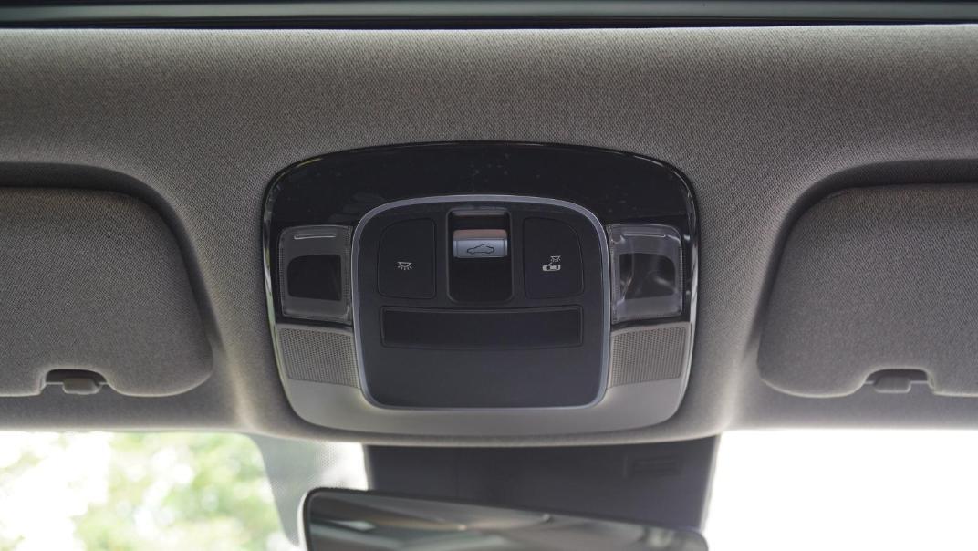 2020 Hyundai Sonata 2.5 Premium Interior 055