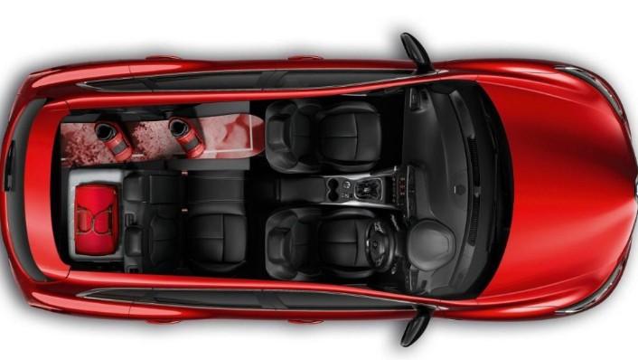 Renault Clio (2019) Interior 010