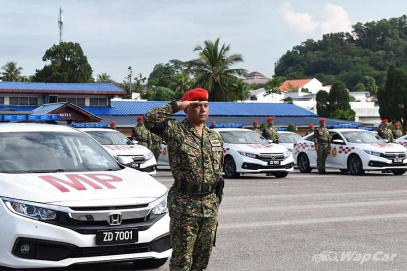 Malaysian Army gets their latest machinery, 40 units of the Honda Civic 1.8S 02