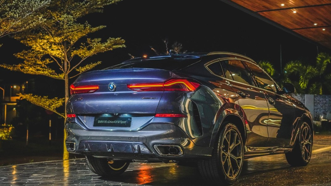 2020 BMW X6 xDrive40i M Sport Exterior 003