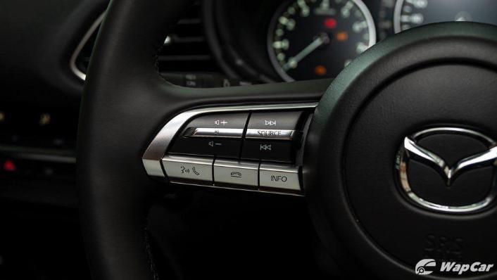 2019 Mazda 3 Sedan 2.0 SkyActiv High Plus Interior 005