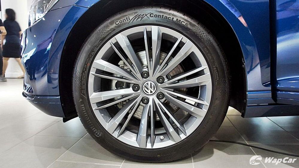 2020 Volkswagen Passat 2.0TSI Elegance Exterior 046