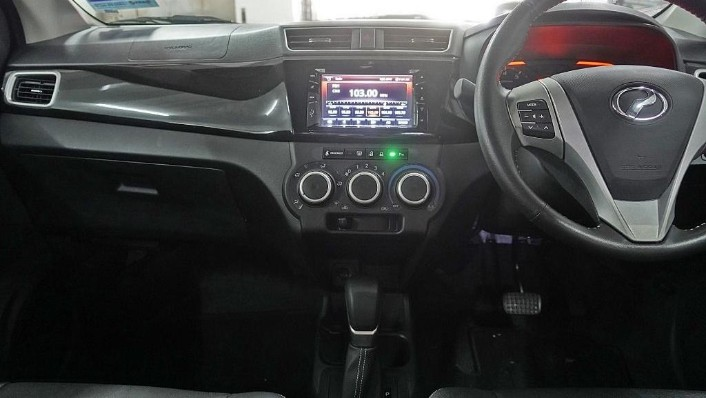 2018 Perodua Bezza 1.3 Advance Interior 004