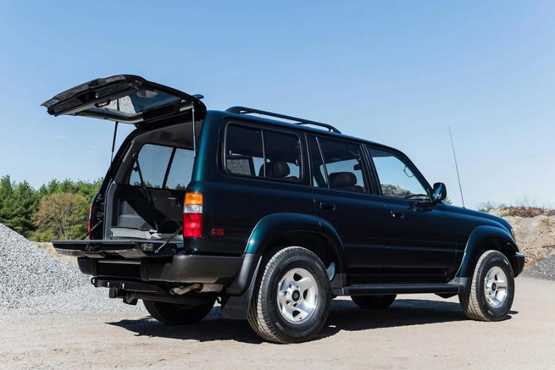 Someone paid RM 500k for this 27-year-old Toyota Land Cruiser 80 'Ninja Turtle'! 02