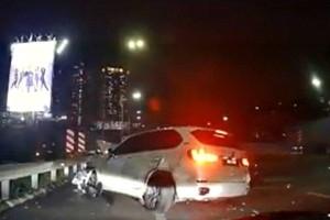 BMW X5 Crash on NKVE: From driving machine to flying machine