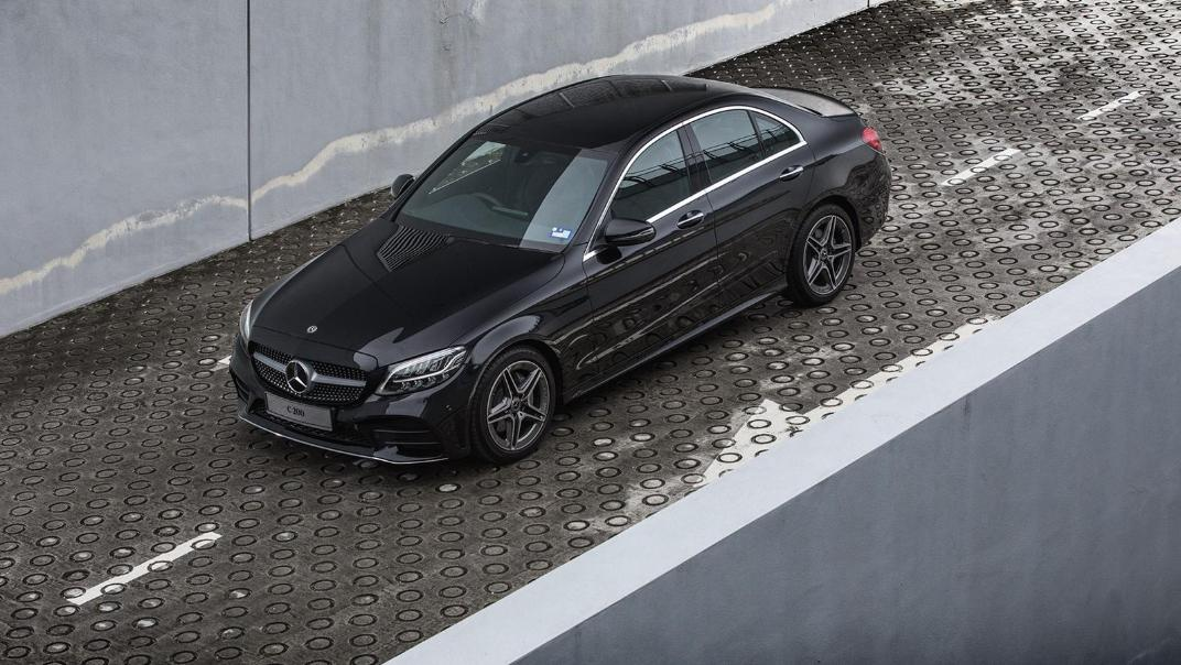 2020 Mercedes-Benz C-Class C 200 AMG Line Exterior 001