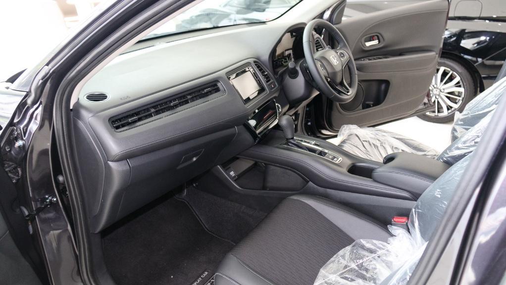2019 Honda HR-V 1.8 E Interior 003