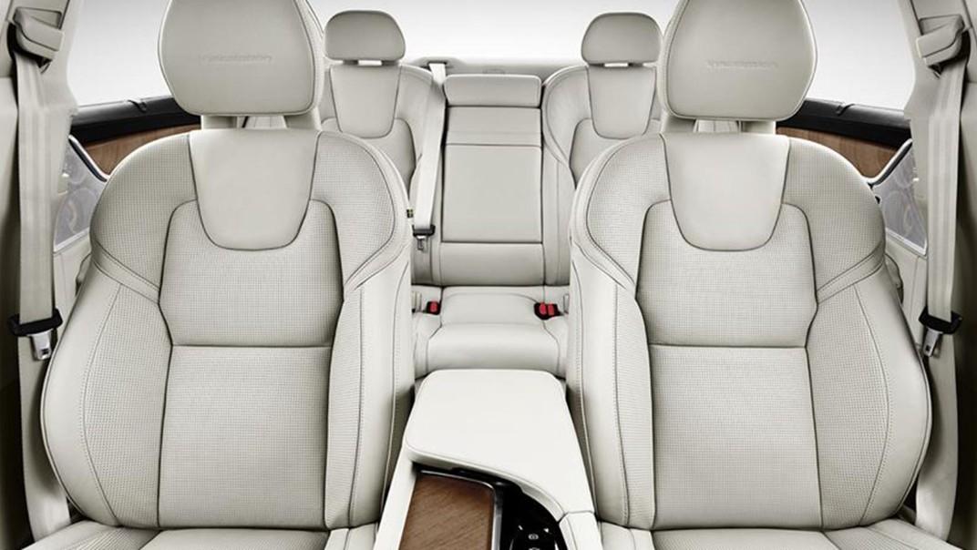 2020 Volvo S90 Interior 006