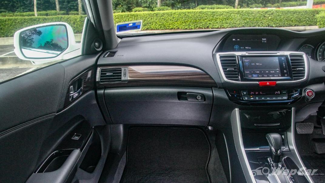 2018 Honda Accord 2.4 VTi-L Advance Interior 120