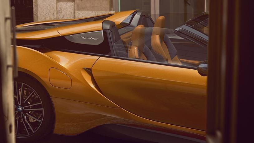 BMW i8 Roadster (2018) Exterior 010