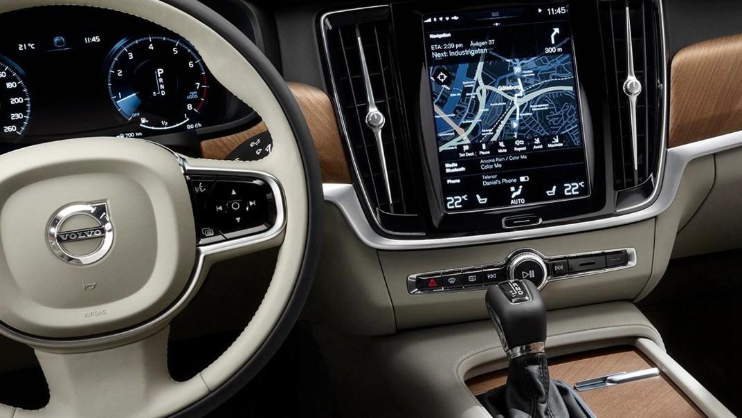 2020 Volvo S90 Interior 001