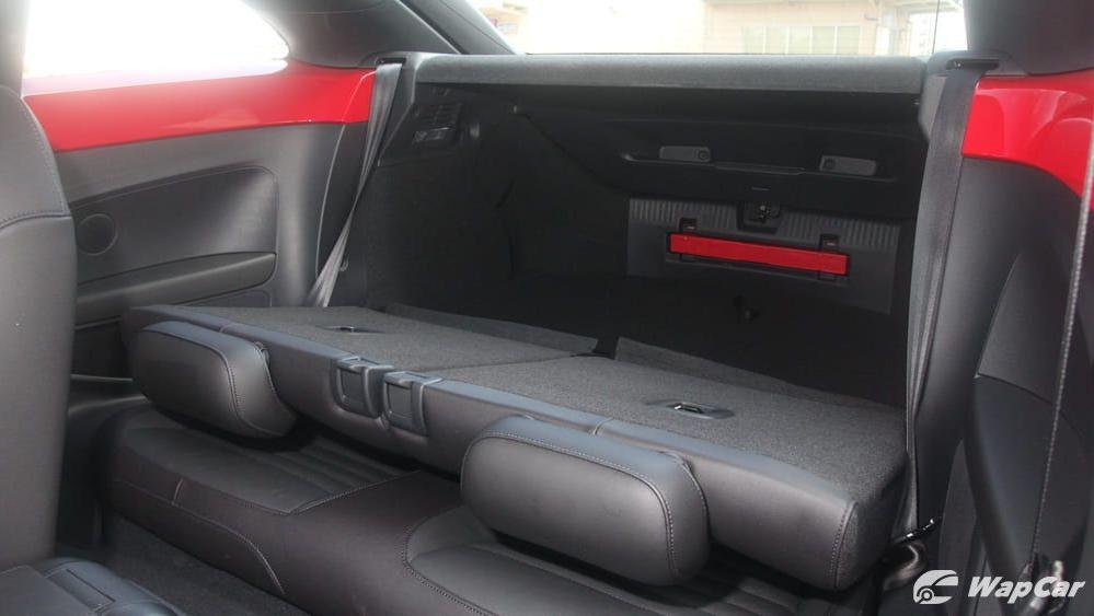 2018 Volkswagen Beetle 1.2 TSI Sport Interior 031