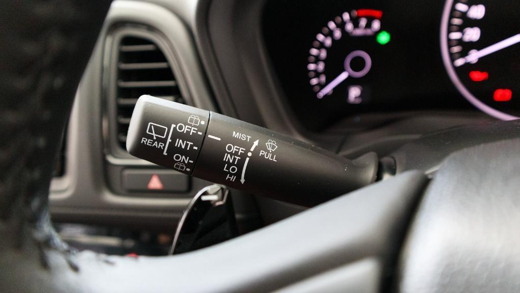 2019 Honda HR-V 1.8 E Interior 008