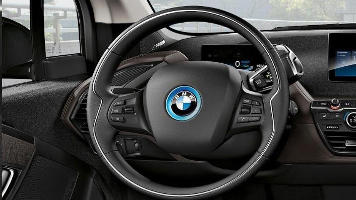 BMW i3s (2019) Interior 002