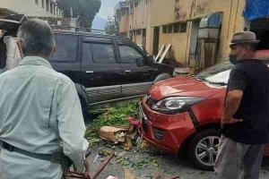 Elderly Proton Iriz driver crashes into market stall, injuring 3 pedestrians