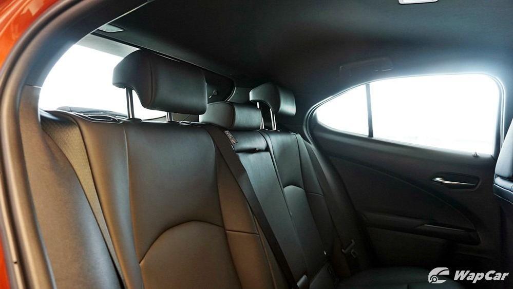 2020 Lexus UX 200 Urban Interior 041