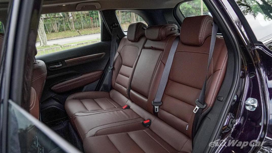 2020 Renault Koleos Signature Interior 007