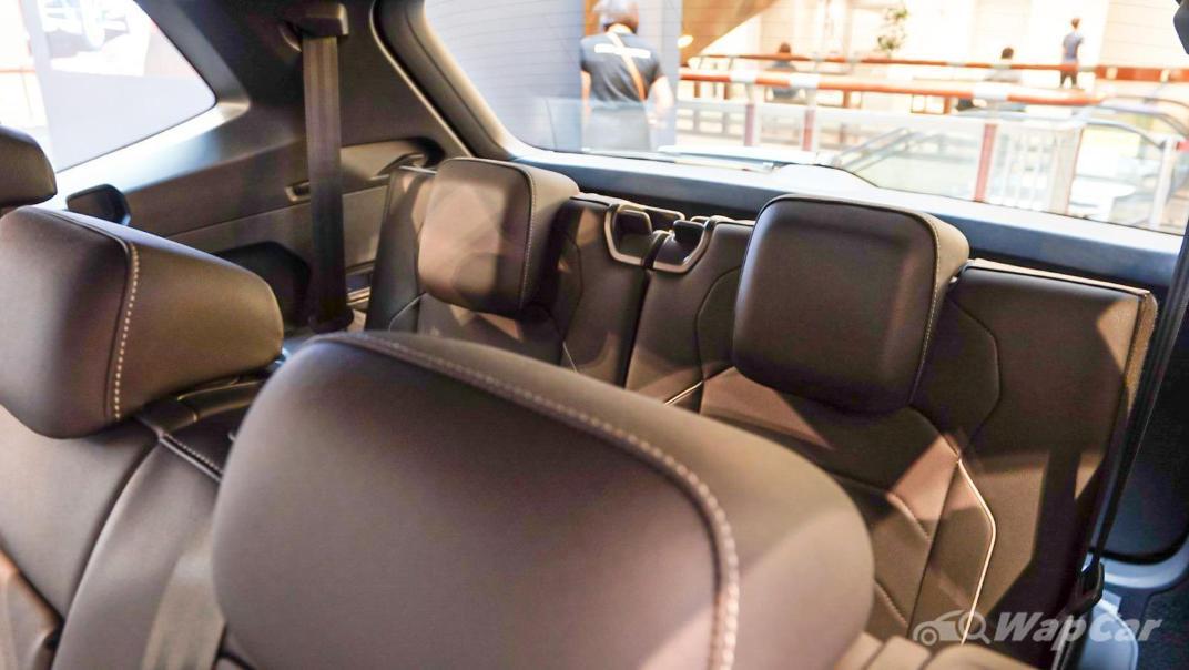 2020 Volkswagen Tiguan Allspace 2.0TSI R-Line Interior 010