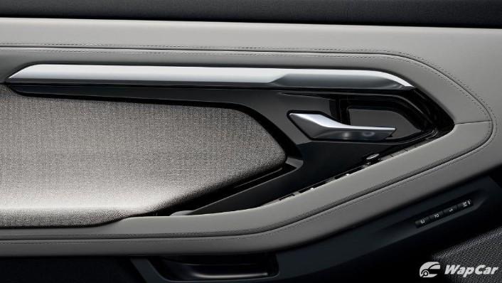 2020 Land Rover Range Rover Evoque Public Interior 005