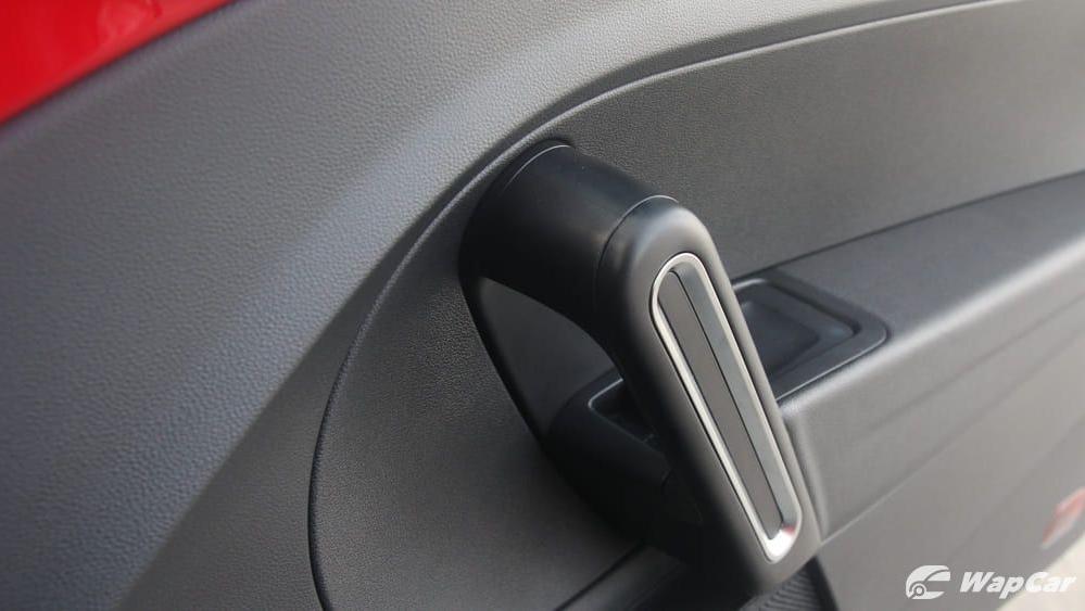 2018 Volkswagen Beetle 1.2 TSI Sport Interior 022