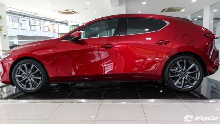2019 Mazda 3 Liftback 2.0 SkyActiv High Plus Exterior 006
