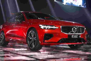 2020 Volvo S60 T8 launched in Thailand, exported from Malaysia