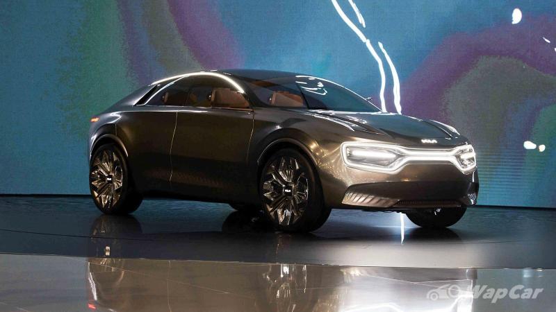Electric Kia CV to be first to wear new logo, 2021 Kia Seltos to follow 02