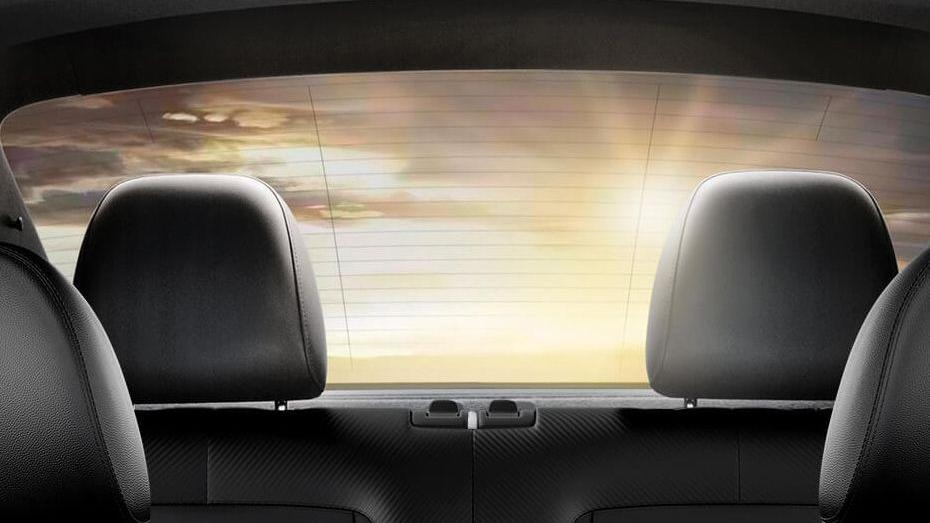 Volkswagen Beetle (2018) Interior 010