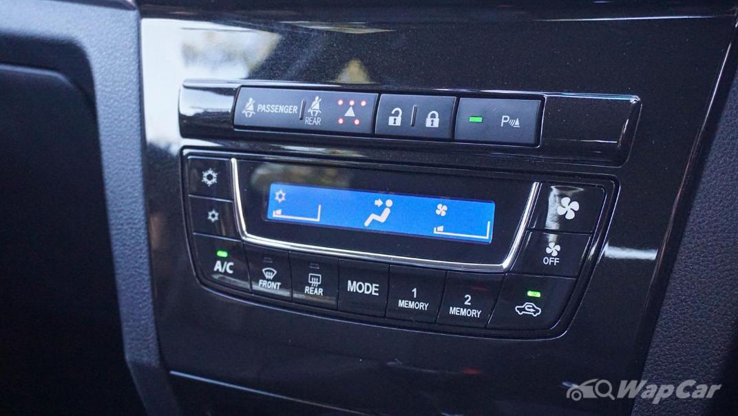 2019 Perodua Aruz 1.5 AV Interior 014