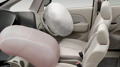 Mazda Biante (2017) Interior 008