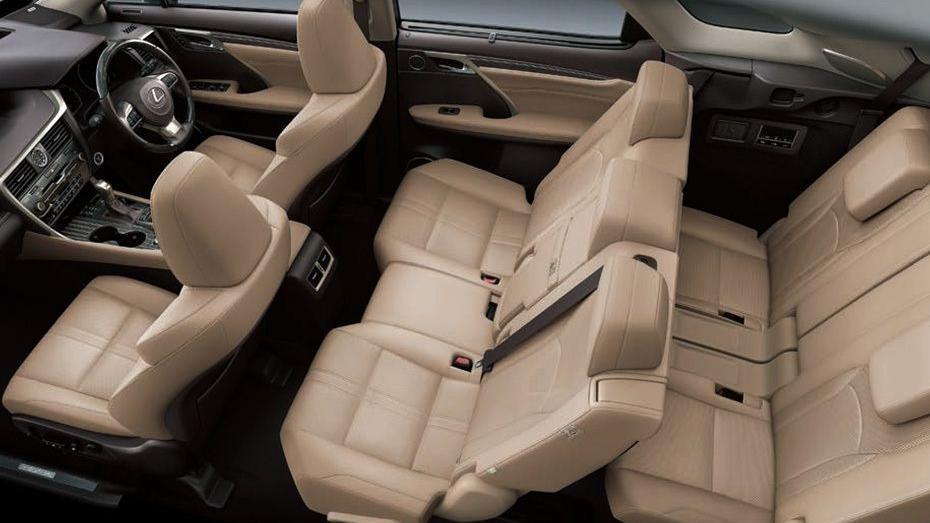 Lexus RX (2018) Interior 007