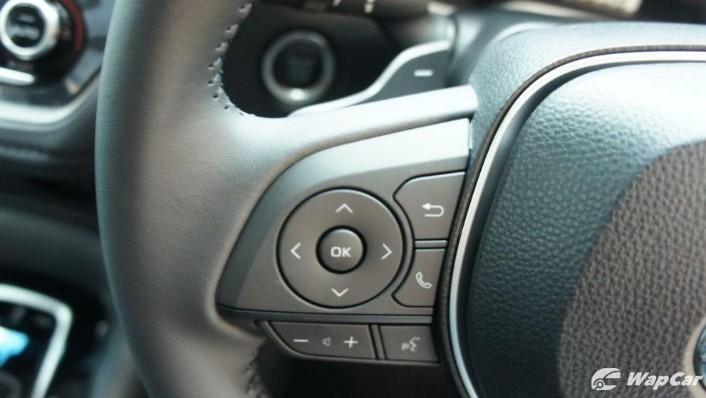 2019 Toyota Corolla Altis 1.8E Interior 006