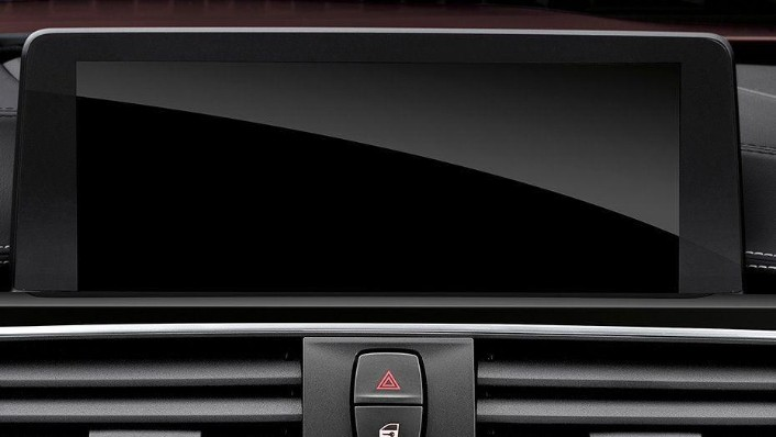 BMW M4 Coupe (2019) Interior 004