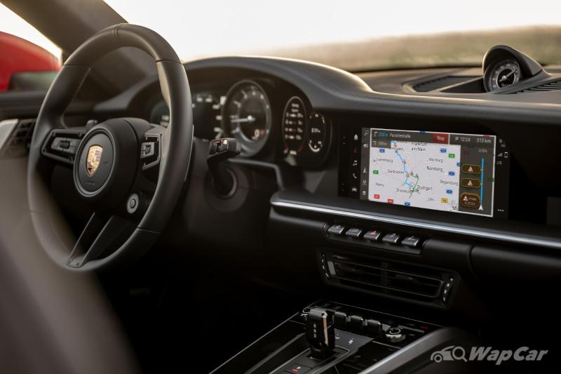 Porsche finally adopts Android Auto & Wireless Apple CarPlay in their PCM 6.0 02