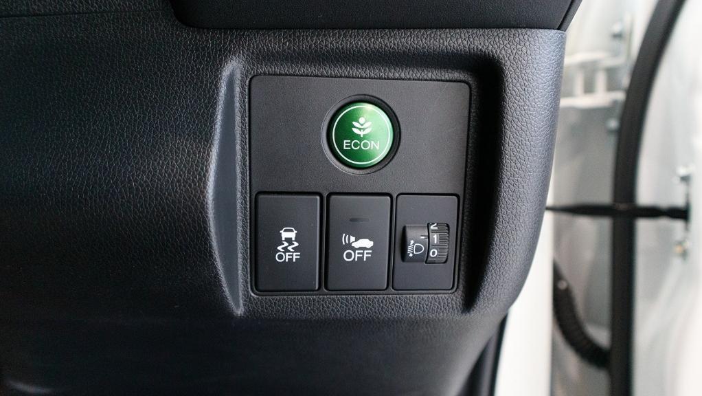 2019 Honda HR-V 1.5 Hybrid Interior 025