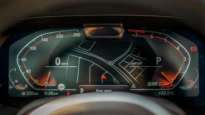 2020 BMW X6 xDrive40i M Sport Interior 005