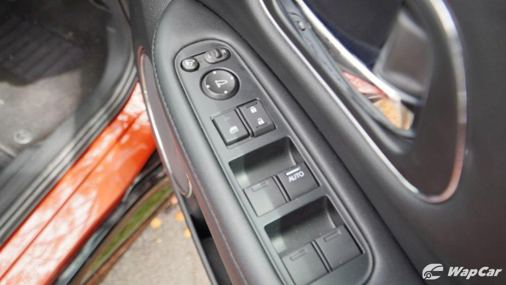 2019 Honda HR-V 1.8 RS Interior 030