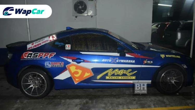 Subaru BRZ drifter at Petronas station arrested! 01