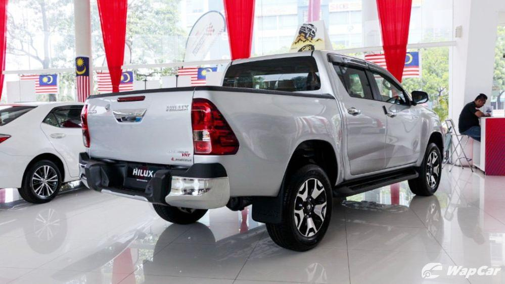 2018 Toyota Hilux Double Cab 2.4 L-Edition AT 4x4 Exterior 004