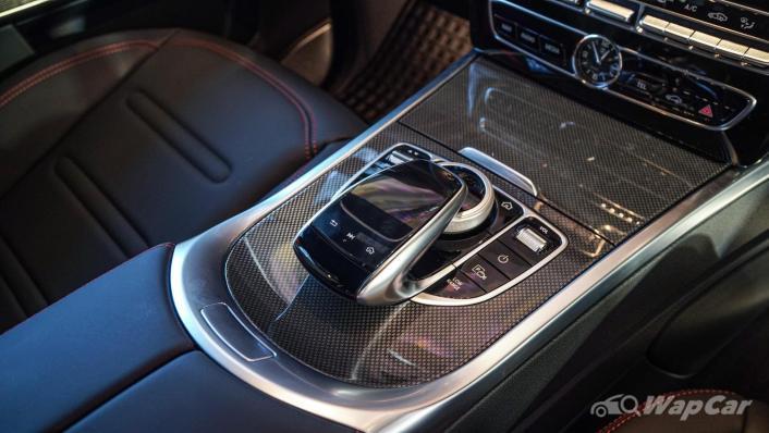 2020 Mercededs-Benz G-Class 350 d Interior 005